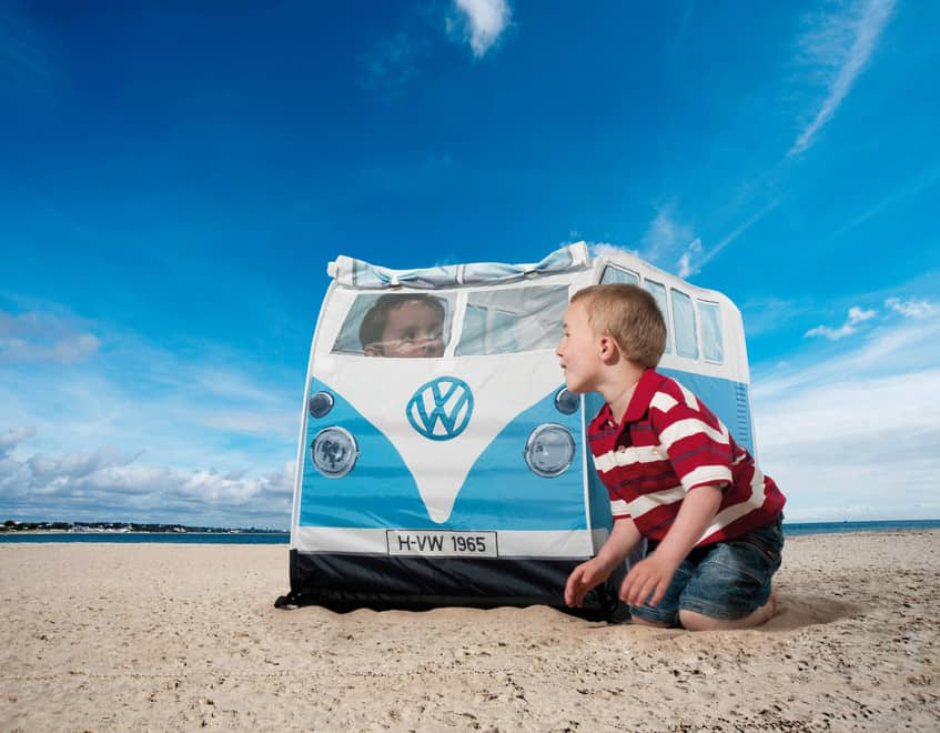 Volkswagen legetelt formet som folkevognsrugbrød – pris DKK 549,-